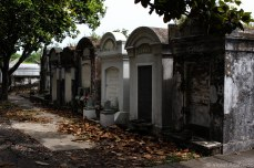 The shade protects the graves at the Lafayette Cemetery. © Violet Acevedo