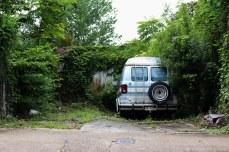 Abandoned van just outside of the Garden District. © Violet Acevedo