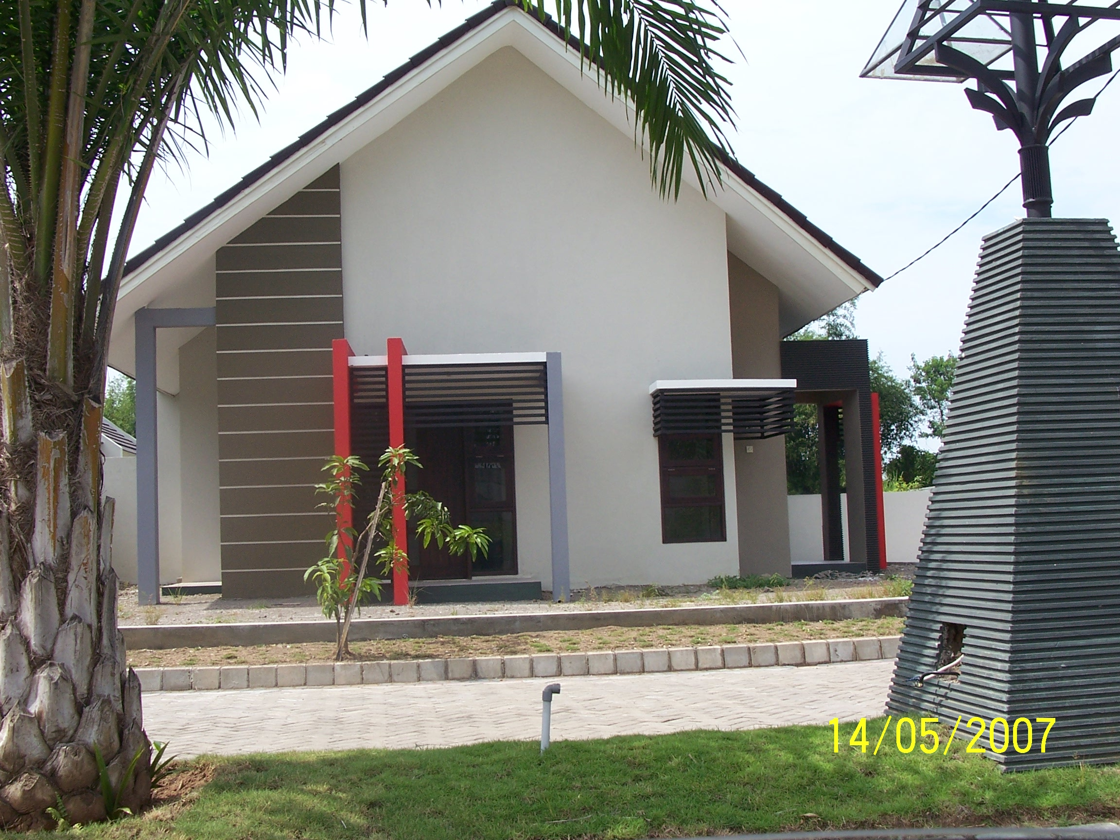 Exterior design rumah 1 pondok design for Small home outside design