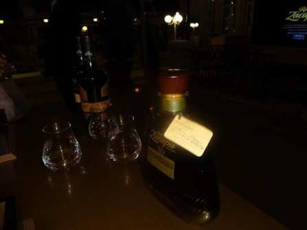 Zacapa Room | Un viaje sensorial al universo del ron Zacapa | Hasta 02-10-2014 | Botella de ron Zacapa XO