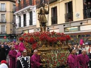 Procesión de la imagen de San Isidro Labrador, Patrón de Villa y Corte, por la Calle de Toledo de Madrid