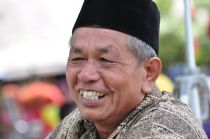 Lurah Hasyim di Gebyar Seni dan Budaya Desa Wisata Ponjong 2012