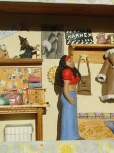Escena juvenil chica en miniatura. ponlearte.com