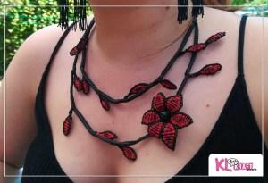 Collar macramé de hojas negro y rojo