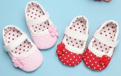 נעלי תינוקת טרום הליכה