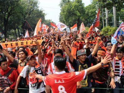 DP BBM Jakmania Berangkat Stadion