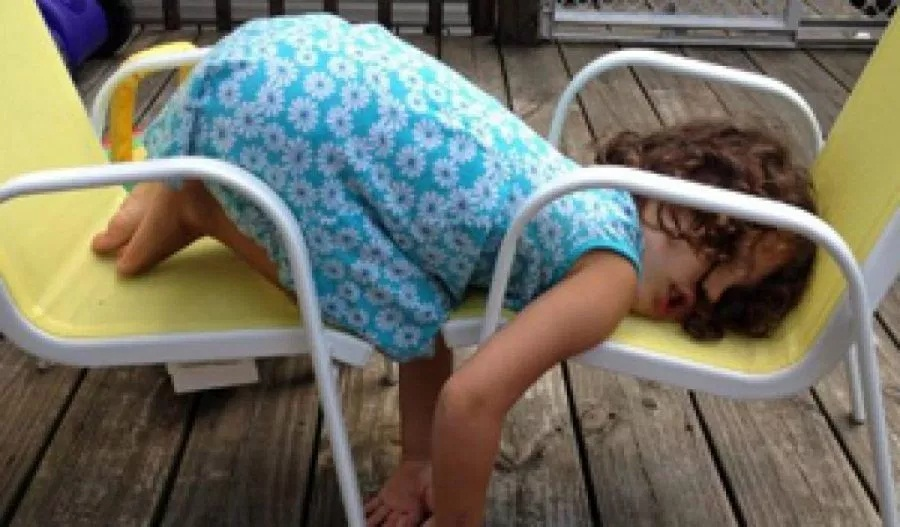 foto anak kecil tidur