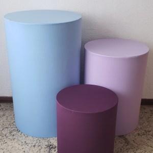 Trio mesas cilindro com capa cores Azul/Lilas/Roxo