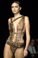 Yves Saint Laurent Rive GuaucheReady to wear Spring 2002 PARIS