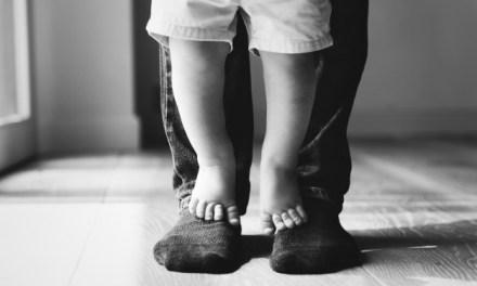 Sob o CC de 1916, revogação consensual da adoção só pode ser feita entre adotado e pais adotivos