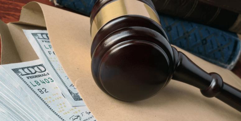 Celebração de acordo sem participação de advogado que atuou na ação não exclui direito a honorários
