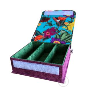 caixa média floral interior verde exterior roxo