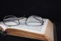 buku kacamata