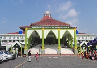 masjid agung karanganyar