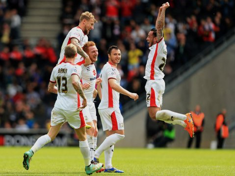 dean-lewington-mk-dons-sky-bet-league-1-promotion_3298740