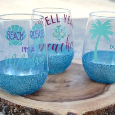 DIY Glitter Dipped Glasses – Dishwasher Safe Glitter Cup