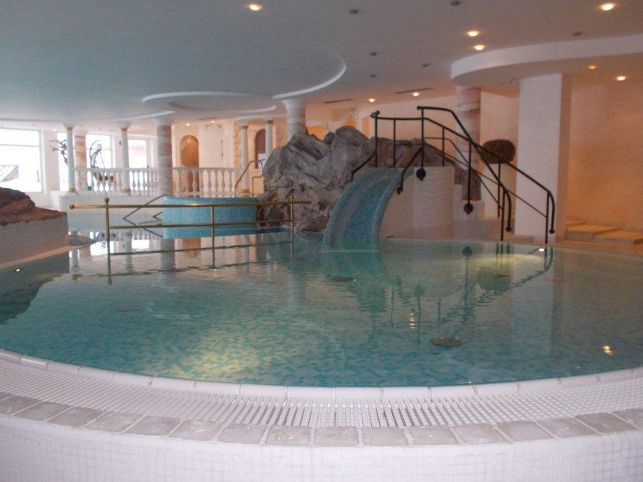 Hotel Gassenhof Val Ridanna BZ  Pool Market Righi