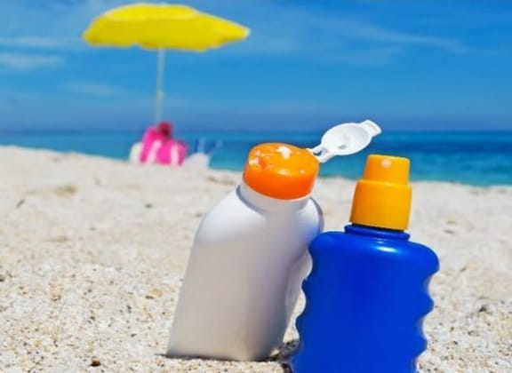 The Right Way To Apply Sunscreen
