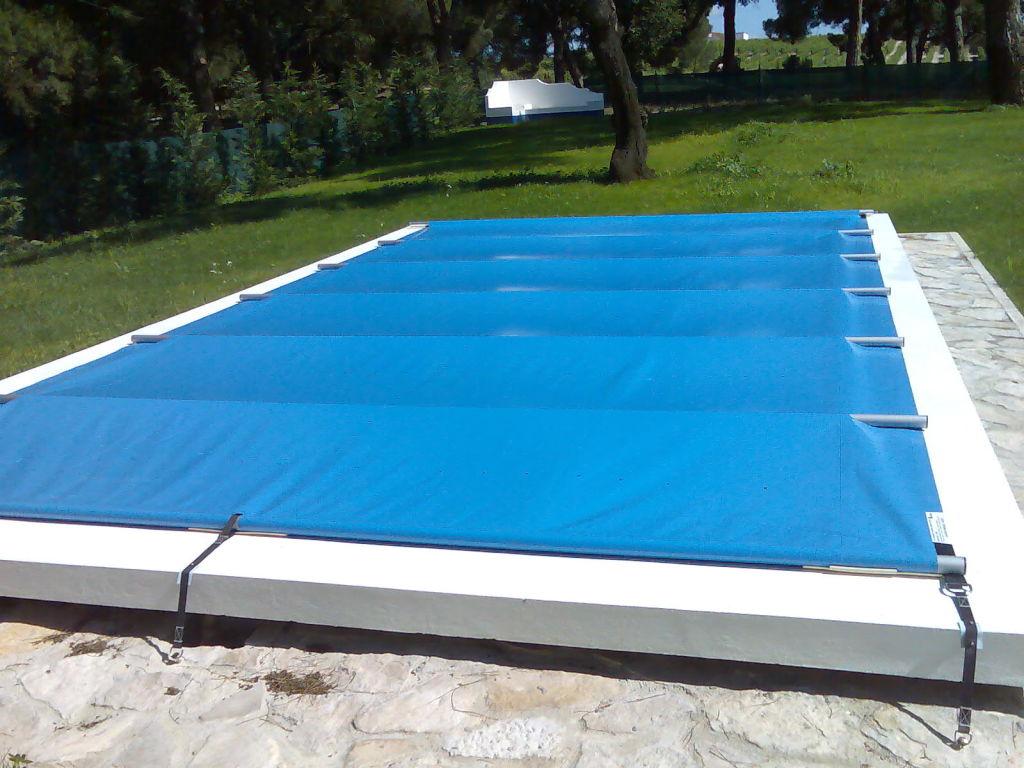 Coberturas para piscinas mantenha a piscina protegida for Piscinas de pvc