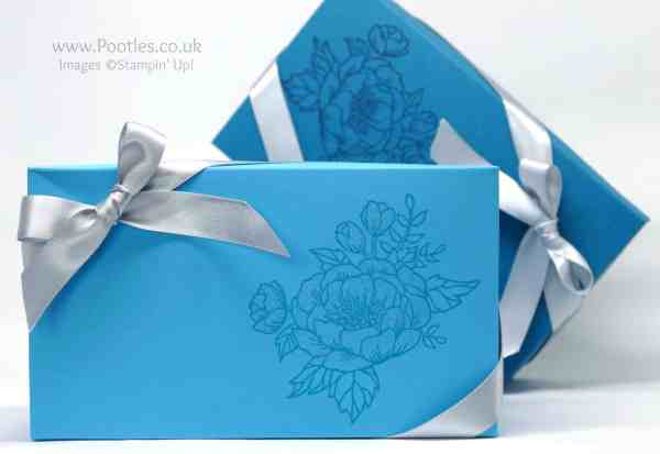 Stampin' Up! Demonstrator Pootles - Extra Large Lidded Box Using Birthday Blooms
