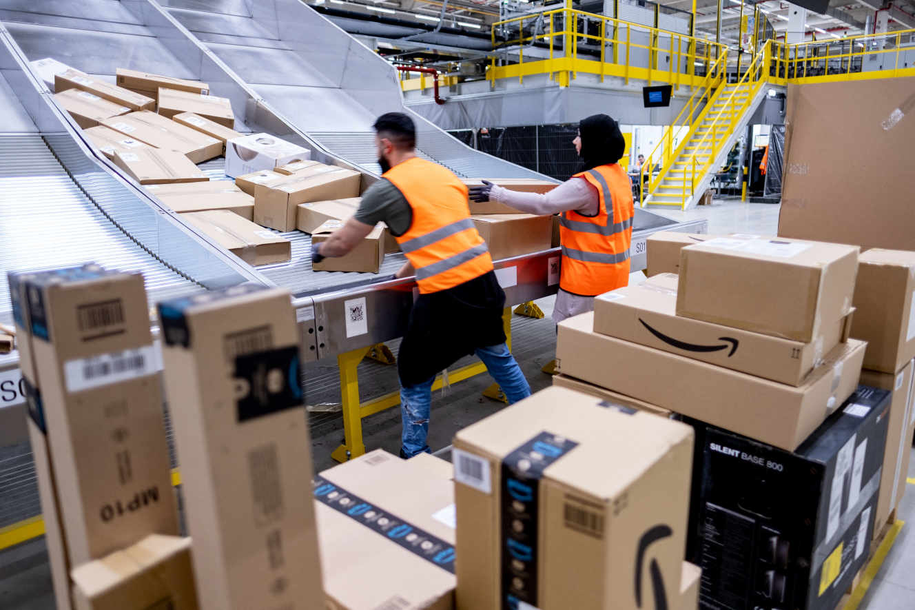 Opening of a new Amazon sorting centre