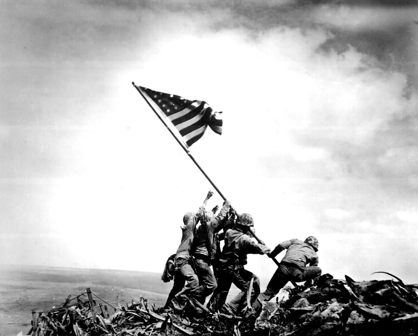 Who Raised The Flag At Iwo Jima A 70 Year Old Controversy