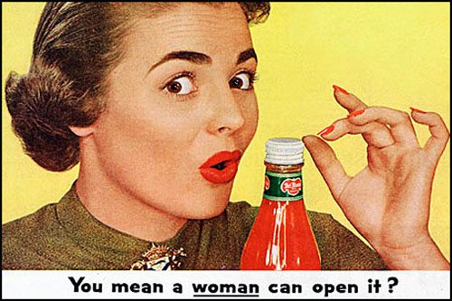 this-vintage-ad-claimed-the-ketchup-lid-opens-so-easily-even-a-weak-woman-can-do-it