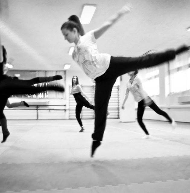 gp_bw_dance_010
