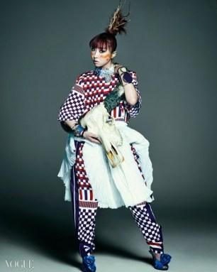 2NE1 - Vogue Magazine May Issue 2014 (12)