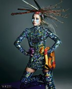 2NE1 - Vogue Magazine May Issue 2014 (4)