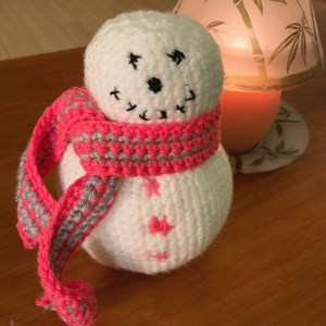 Baby Knitting Patterns Amigurumi snowman - crochet pattern by ... | 300x300