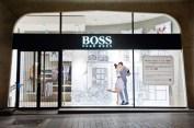 Hugo-Boss-Love-Story-windows-LIGANOVA-Paris-09