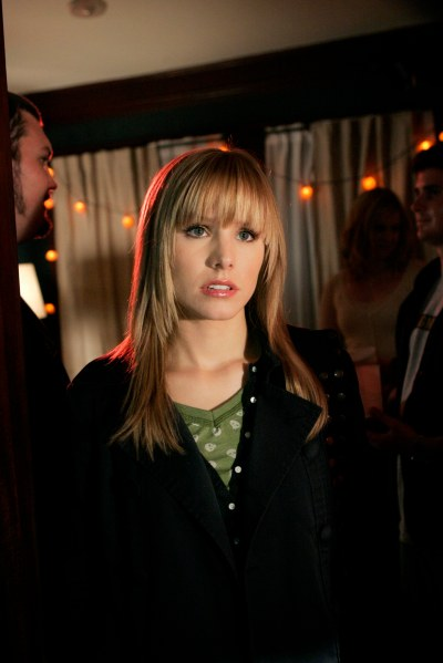 Veronica Mars and that bag in Season 3 | pop babble