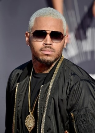 chris-brown blonde