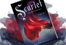 """Bajka o upartym Kapturku. """"Scarlet"""" – recenzja książki"""