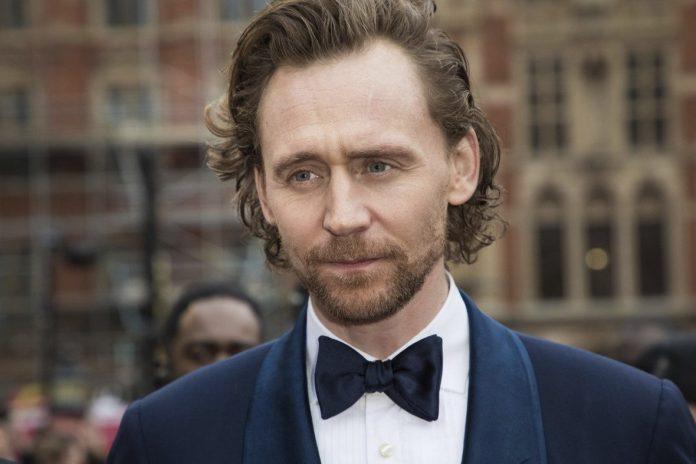 Tom Hiddleston - White Stork Netflix