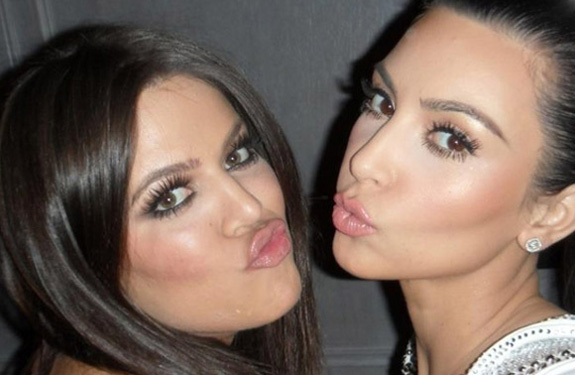 Khloé and Kim Kardashian