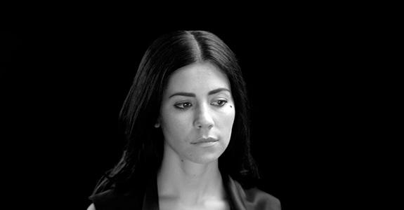 "Marina and the Diamonds ""Lies"""