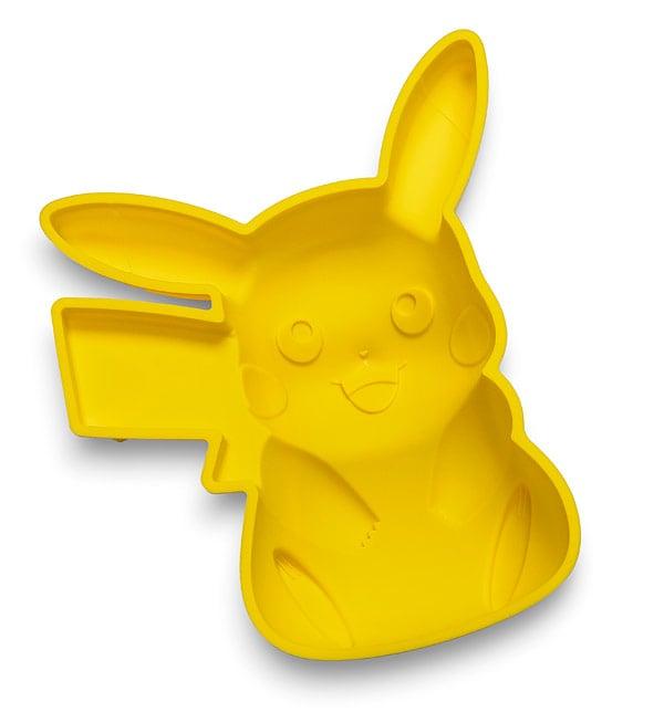 PikachuCake 01