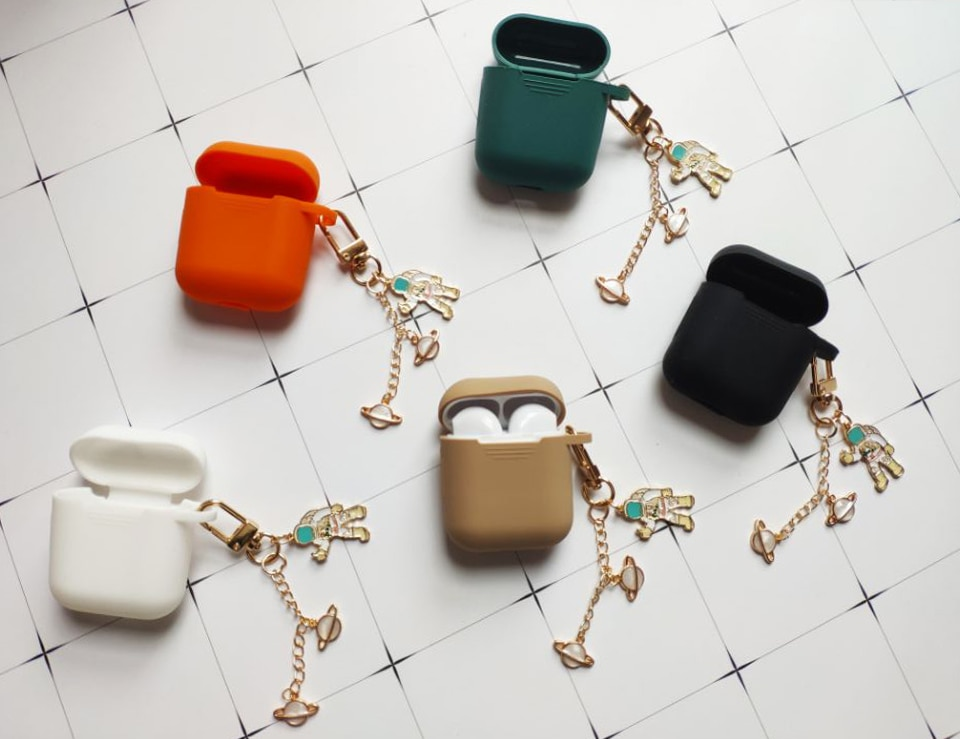 Cosmic Astronaut Spaceman Silicone Case for Apple Airpods 1 2 Accessories Case Protective Cover Bag Box Earphone Case Key ring