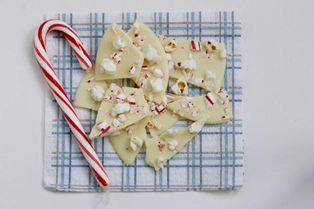 White chocolate peppermint popcorn bark   Popcorn & Chocolate