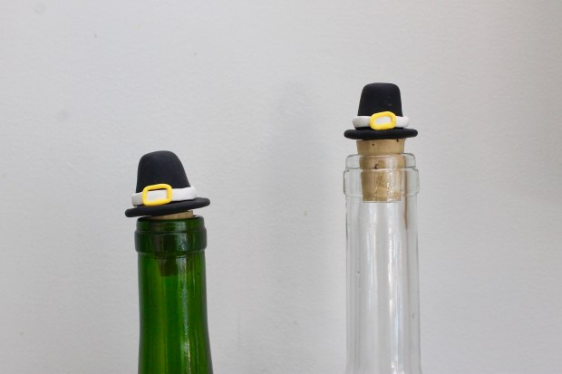 Pilgrim Hat Wine Stoppers | Popcorn and Chocolate