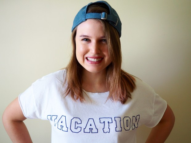 DIY Vacation T-shirt | popcorn and chocolate