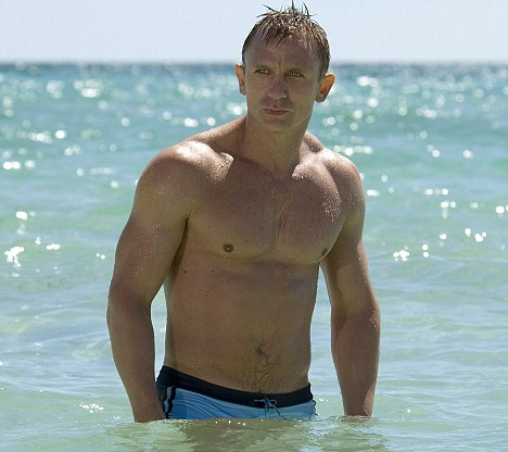 Casino Royale For further information please contact the Sony Pictures Releasing press office. CASINO ROYALE © 2006 Danjaq, LLC and United Artists Corporation. All rights reserved.