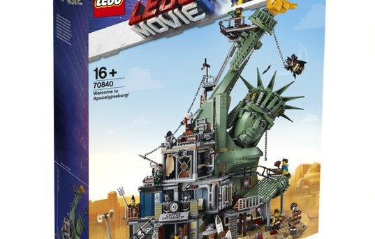 Largest LEGO Movie Inspired Construction Set Unveiled