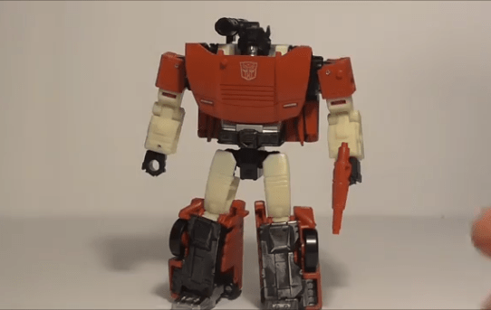 Formers Friday - Transformers Generations War for Cybertron: Siege Deluxe Class Sideswipe