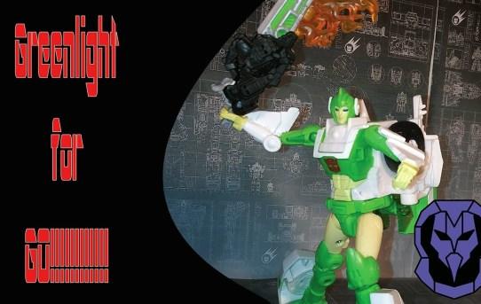 Greenlight to Go!!! Transformers Siege Greenlight with Dazzlestrike