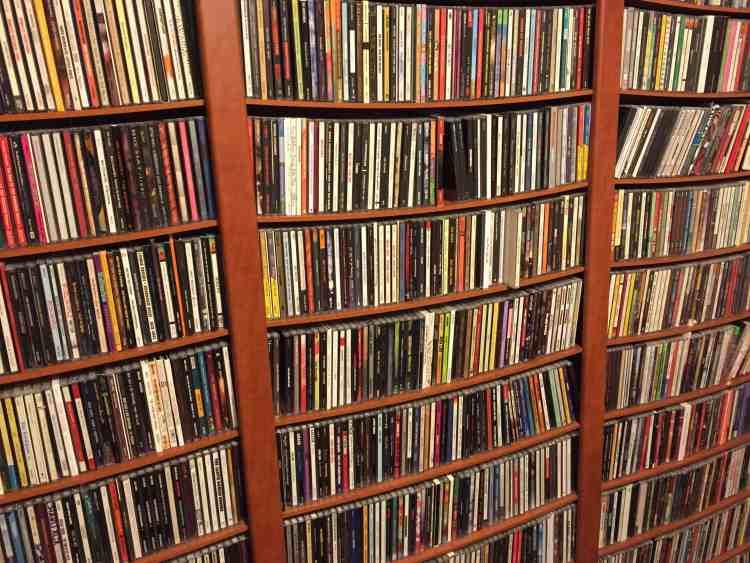 CD Wall LR