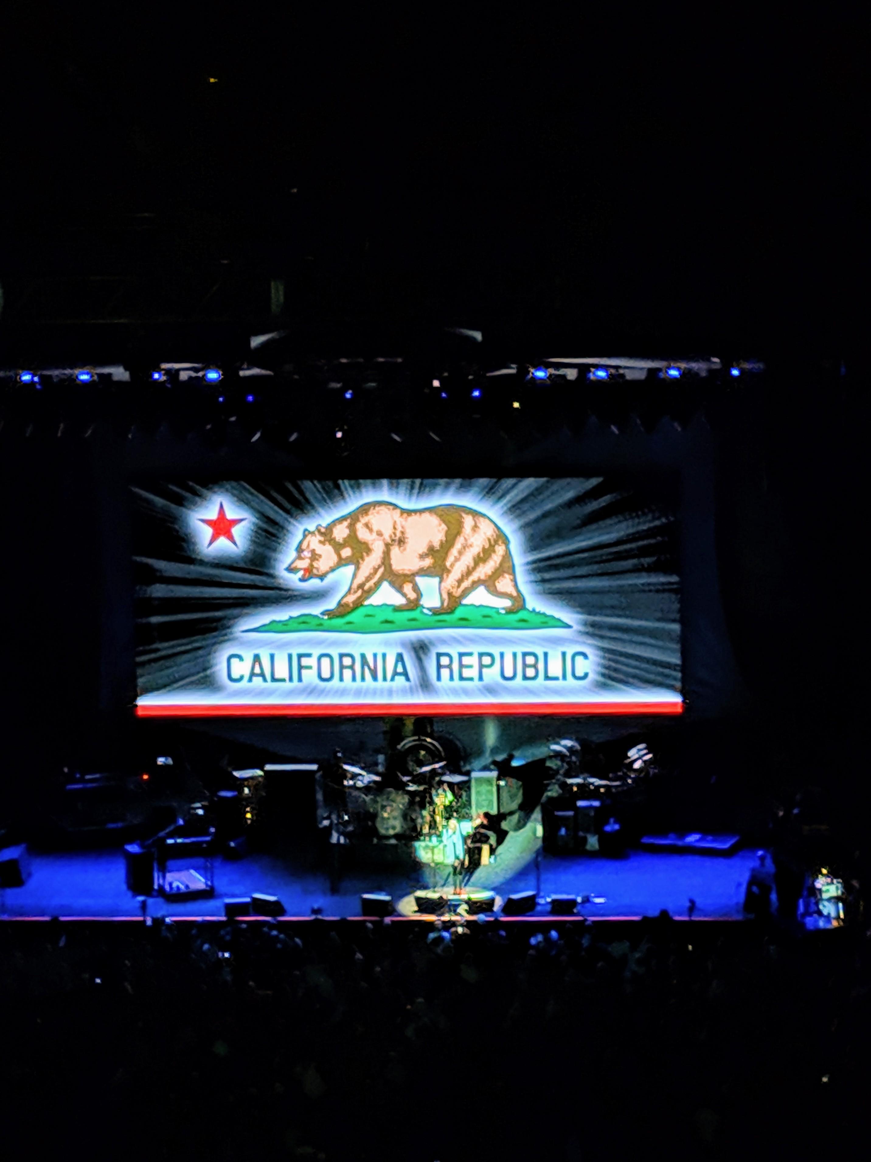 Concert Review: Fleetwood Mac, Oracle Arena, Oakland, 11/25/18