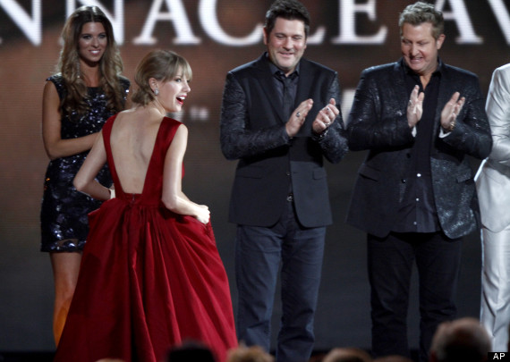 Taylor Swift Jay DeMarcus, and Gary LeVox,